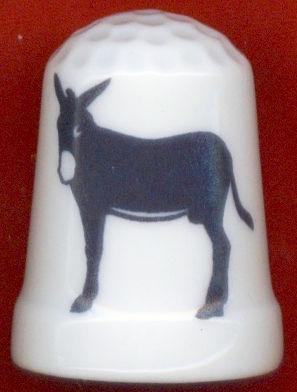 20060312135245-el-burro-catalan-en-un-dedal.jpg